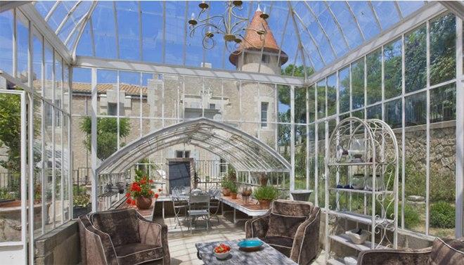 les-carrasses-greenhouse
