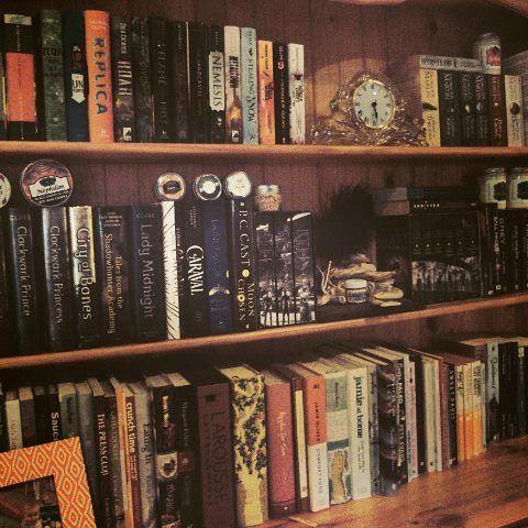 Errin Krystal - Bookshelf