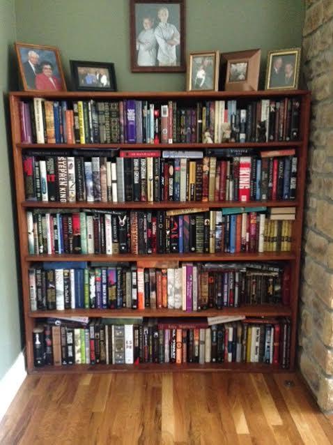 Teri Polen - Bookshelf